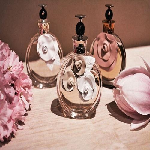 valentino-valentina-fragrances-eau-de-parfum-acqua-floreale-assoluto1-650x4291112111